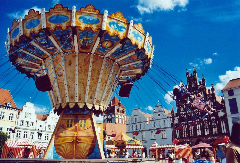 Stadtfest Greifswald analog Lomoherz