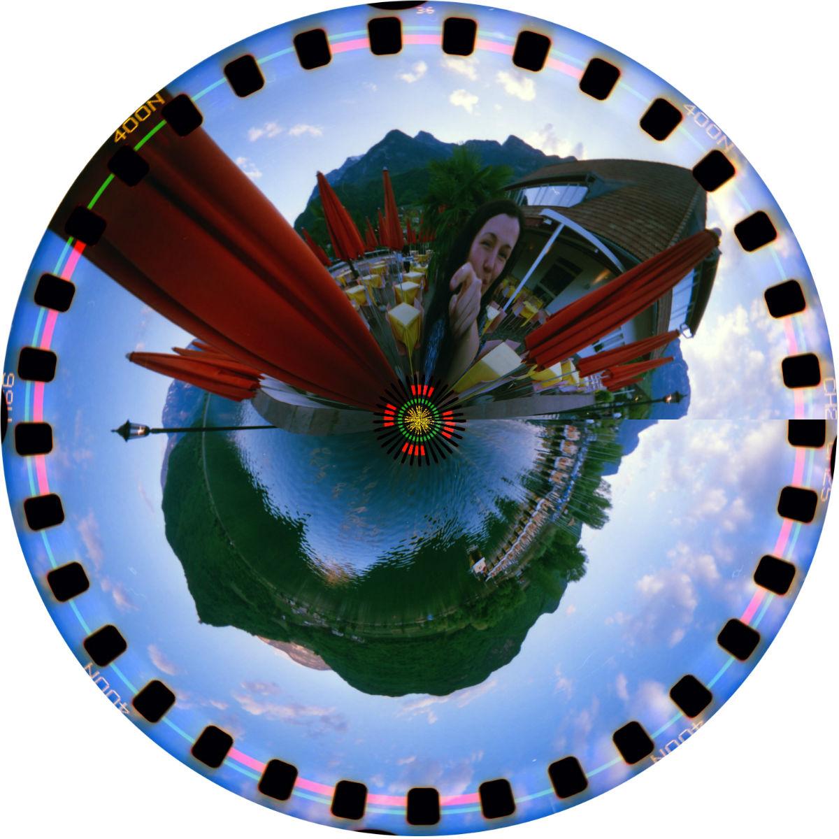 Lomo Spinner Little Planet (c) Lomoherz