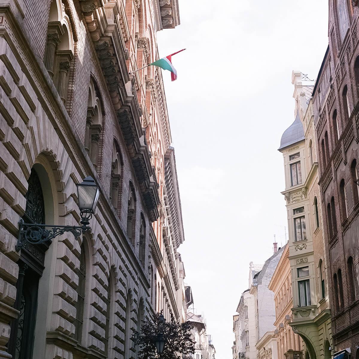 Váci u. Budapest Shopping (c) Lomoherz